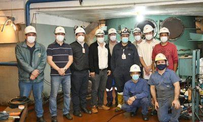 Itaipu coopera en mantenimiento de turbina de Central Acaray