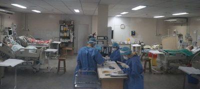 Hospital de Clínicas: Registran leve descenso en consultas por casos de covid-19