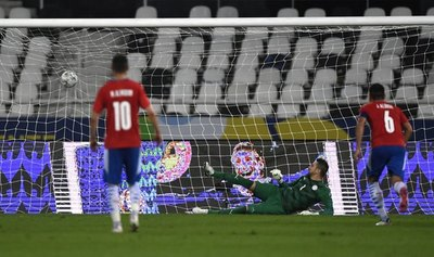 Paraguay cierra la fase de grupos con una decepcionante actuación