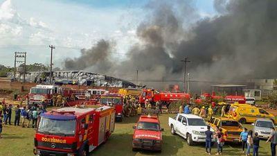 140 trabajadores quedan en sus casas tras incendio en CDE