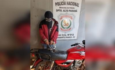 Imputan a motochorro reducido por sus víctimas