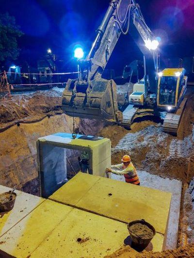 Continúan los trabajos de readecuación del arroyo San Lorenzo para la futura defensa costera de Pilar