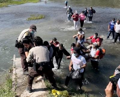 Venezolanos pagan hasta US$3.000 para cruzar frontera de Estados Unidos
