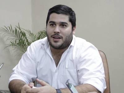 Concejales denuncian que intendente de Ñemby supuestamente malversó G. 4500 millones