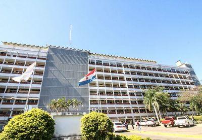 Senador pide revisar la caja fiscal del IPS para evitar un default en el futuro