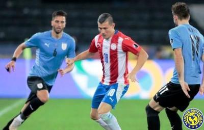 Un confundido Paraguay fue derrotado por Uruguay •