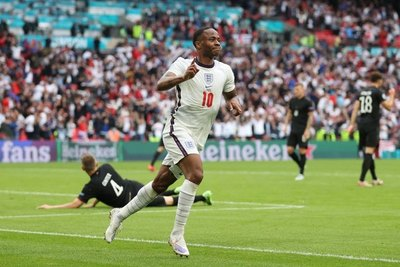 Inglaterra vence a Alemania y se mete entre los candidatos en la Eurocopa