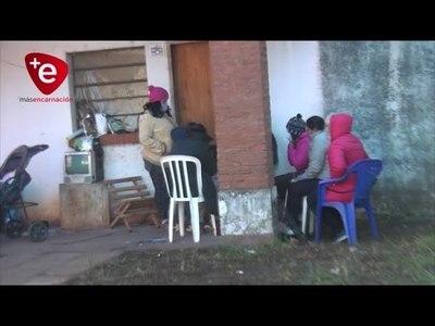 FAMILIAS SIGUEN OCUPANDO VIVIENDAS ABANDONADAS POR LA EBY