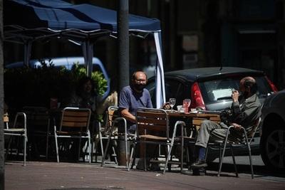 La economía argentina pega un salto en abril pero lleva tres meses estancada