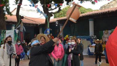 Internas celebraron el San Juan Ára con tradición y costumbres