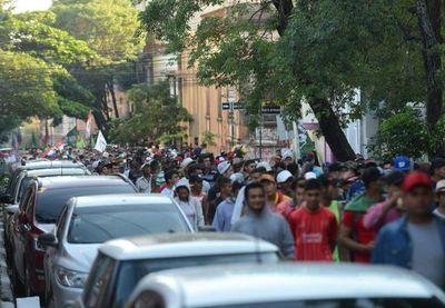 Reiniciarán movilización campesina con piquetes en Asunción
