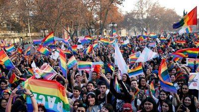 La Comisión de Constitución del Senado de Chile aprueba el proyecto de matrimonio igualitario