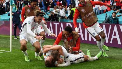 Inglaterra baja a los alemanes