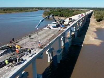 A punto de concluir puente que unirá Alberdi con Pilar