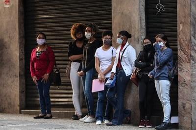 El desempleo en Brasil se mantuvo en abril en su mayor nivel desde 2012
