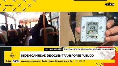 Especialista evalúa cantidad de dióxido de carbono en buses