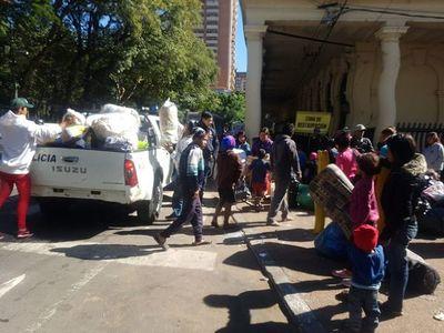 Indígenas cambian de planes y seguirán en Asunción