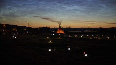 Un grupo indígena de Canadá dice haber encontrado 182 tumbas sin identificar en otra escuela