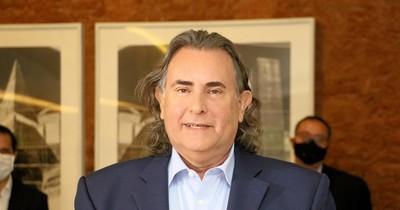 """La Nación / """"Es interminable la cadena de beneficios que brinda al país"""", dice Ortiz sobre el sector tabacalero"""