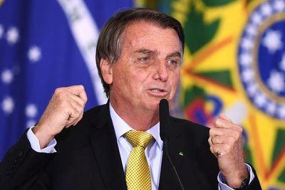 Izquierda y derecha exigen un juicio con miras a destituir a Bolsonaro