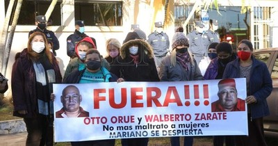 La Nación / Suspenden a concejales por denigrar y maltratar a mujeres