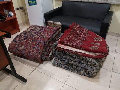 Apresan a tres empleados infieles por hurto de alfombras