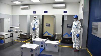 En 4 ultrafreezers, 200 termos y refrigerador  almacenarán Pfizer