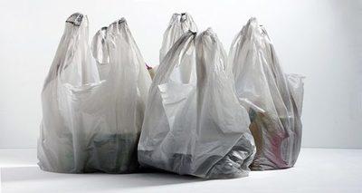 Ley que regula el consumo de bolsas de plástico rige desde este jueves