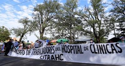La Nación / Hospital de Clínicas: trabajadores piden que ya se pueda poner en funcionamiento nuevo pabellón
