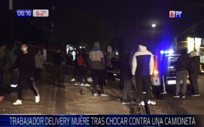 Joven delivery muere tras chocar contra camioneta