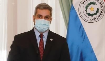 """Mario Abdo asegura que """"cuando pase la pandemia Paraguay estará de pie, con una economía más fortalecida"""""""