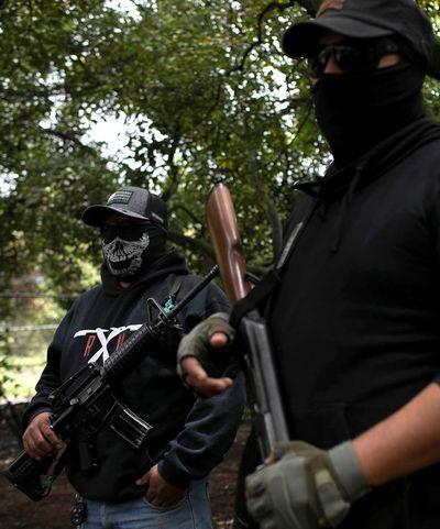 Tensión en zona aguacatera de México por levantamiento de civiles armados