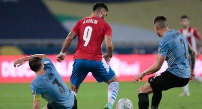 Paraguay solo fue superior a Uruguay en faltas cometidas y tarjetas recibidas