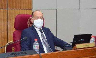 """Salomón sobre informe de gestión: """"la salud pública fue un fracaso, pero Marito se alaba"""""""
