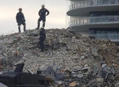 Suspenden trabajos de búsqueda en Miami por peligro de otro derrumbe