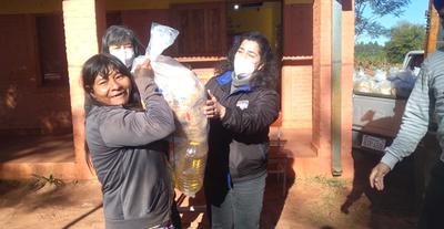 Entregan kits de alimentos en Repatriación y José Domingo Ocampos