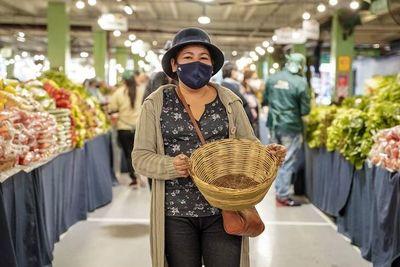 """Ley """"antihule"""": Artesanos promueven el uso de la cestería nacional"""