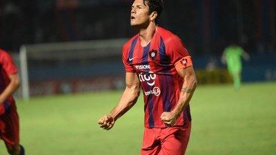 """El pendejo que vivió bajo las gradas de  Tembetary y que alcanzó la gloria, Nelson Haedo deja el fútbol: """"Gracias"""""""