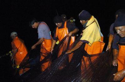 Pesca y minería de Perú crecen respectivamente un 102 % y 67 % en mayo