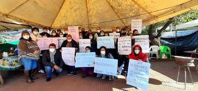 Prolongada huelga de trabajadores del convenio social de la Fundación Tesãi