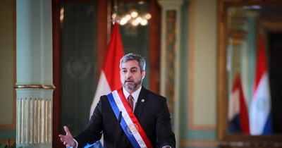 La Nación / Abdo Benítez omitió los problemas que sacuden al Paraguay, según legisladores