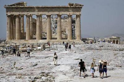 Grecia aumenta los países a cuyos ciudadanos permite viajar al territorio