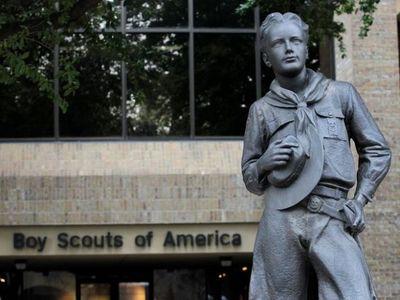 Los Boy Scouts de Estados Unidos le pagarán 850 millones de dólares a 60 mil víctimas de abuso sexual