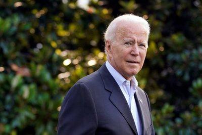 Biden expresa apoyo a las familias y gratitud a los socorristas del edificio de Miami