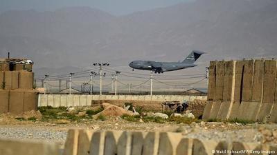 Estados Unidos retira sus tropas de Bagram, su mayor base en Afganistán