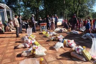 GOBERNACIÓN DE ITAPÚA E INDI ENTREGARON KITS DE VÍVERES A COMUNIDADES INDÍGENAS DEL VII DEPARTAMENTO