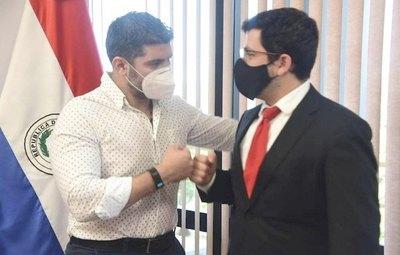 "Crónica / Latorre espera apoyo de correlikuéra a ""Nenecho"""