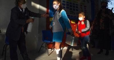 La Nación / La OMS aconseja test de detección de covid-19 en instituciones educativas