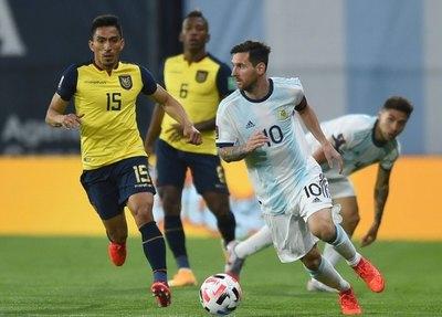 Una Argentina en alza se juega el pase a semis de la Copa ante un Ecuador