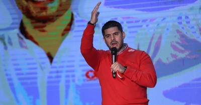 """La Nación / """"Nenecho"""" recomienda a la oposición presentar propuestas y no solamente atacarlo"""
